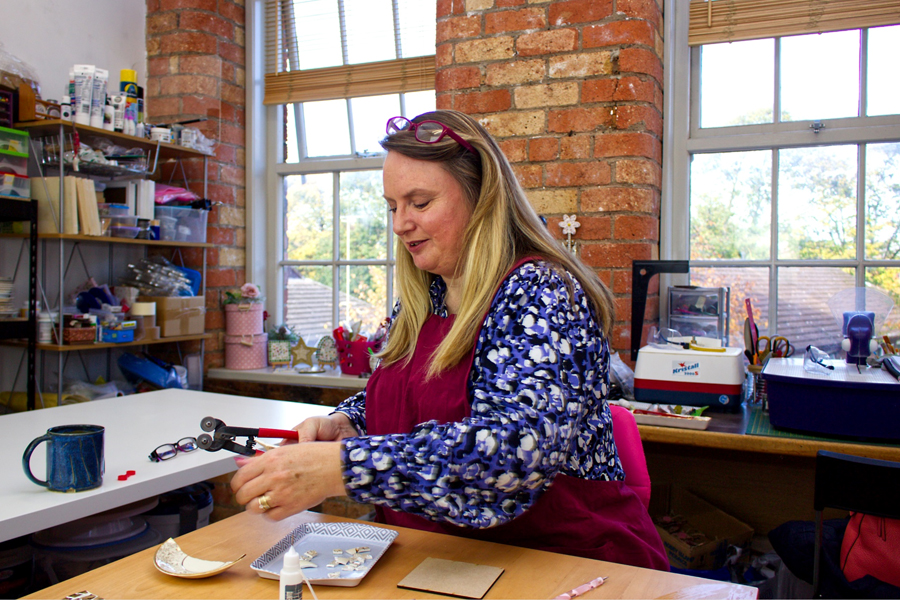 Banks Mill Studios on Bridge Street in Derby is a hub for creative businesses and just before the first Lockdown in March 2020 welcomed mosaic artist Diane Daley. Diane runs China Petals which makes personal keepsakes out of fine bone china.