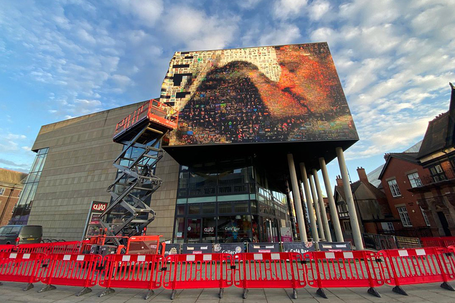 ARTICLE-Giant Mosaic on Derby Quad for FORMAT IPF.